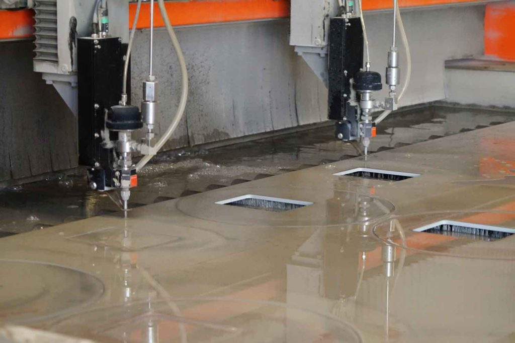 water cutting plate