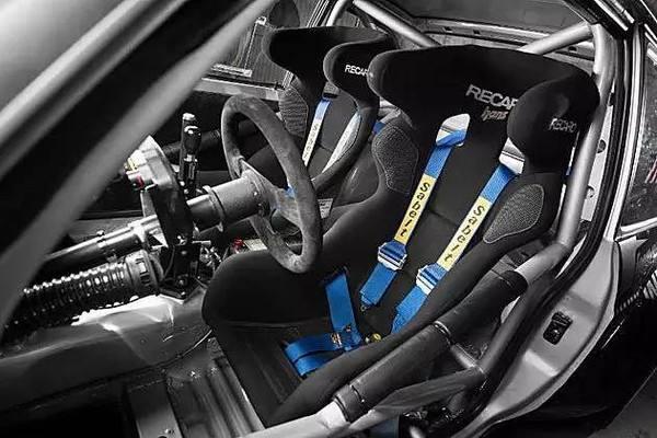 TItanium cap screws used in racing parts